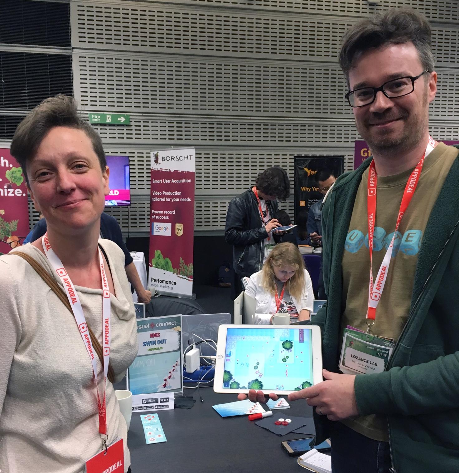 Augusta et Mathieu, les développeurs du jeu vidéo Swim Out